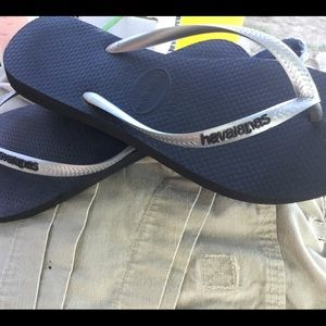 Havaianas size 39-40 black with silver flip flops